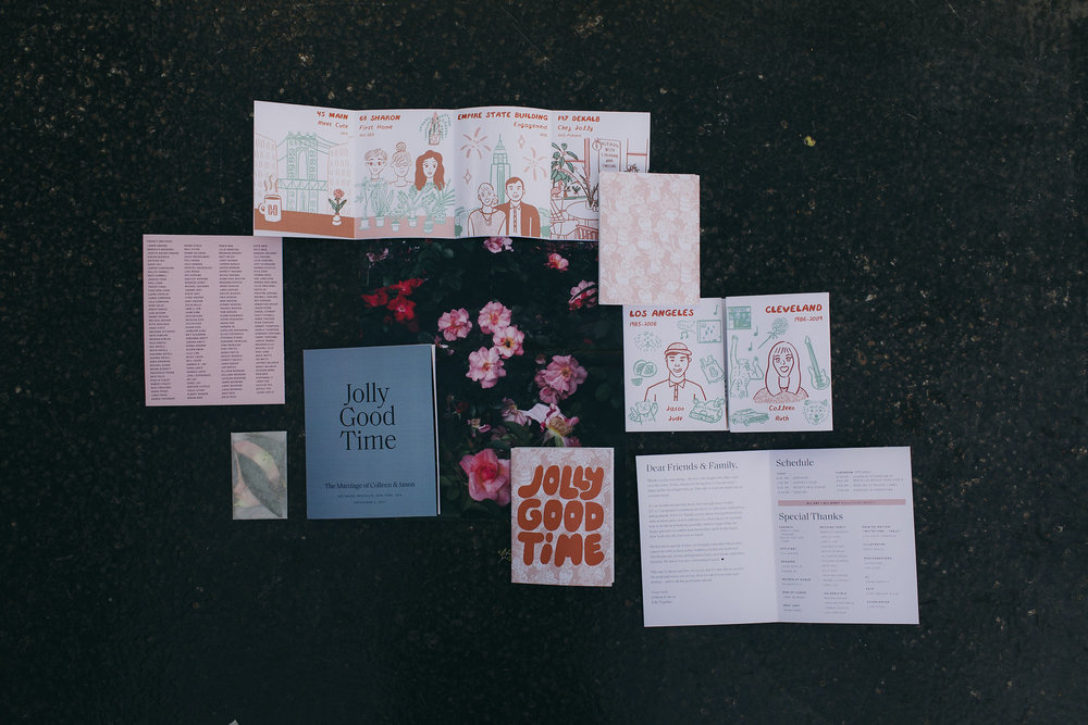 Venamour Modern Graphic Design Wedding Invitations