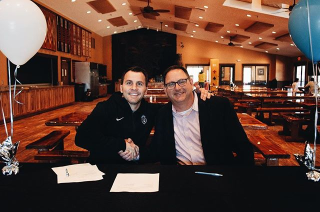 Receive college credit & gain life experience while embarking on an adventure of a lifetime!  On Friday, the Link Year signed an agreement with @dbupatriots that allows our students to receive college credit from Link Year if they attend Dallas Baptist University.  We are constantly working on creating new partnerships that help our students even after they graduate the Link Year!  Stay tuned for more details on this exciting partnership!
