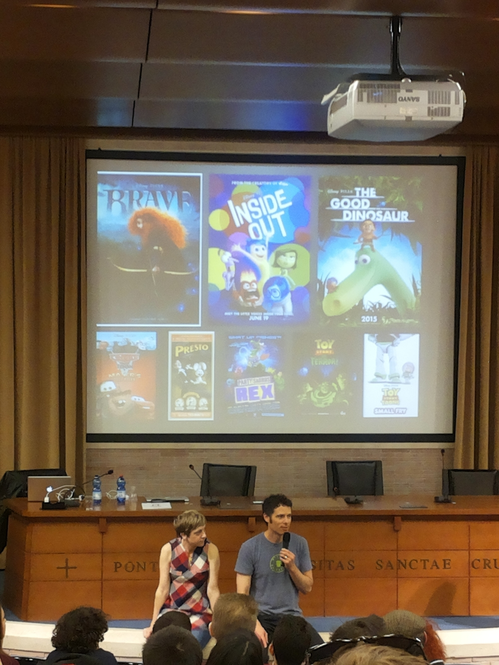Matthew Luhn teaching the art of story.