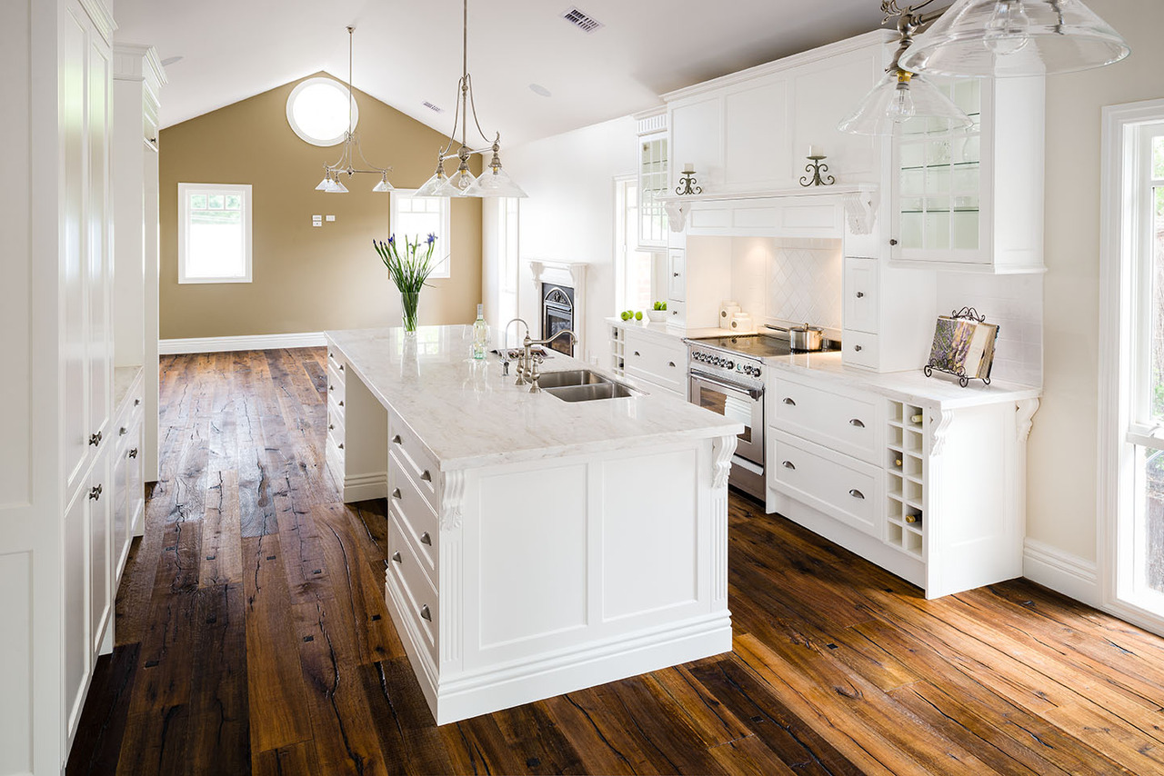 White Kitchen, Modern Country