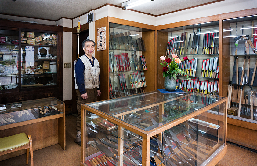 Shigeharu is, I believe, the oldest knife making store in Kyoto. Truly senzen…