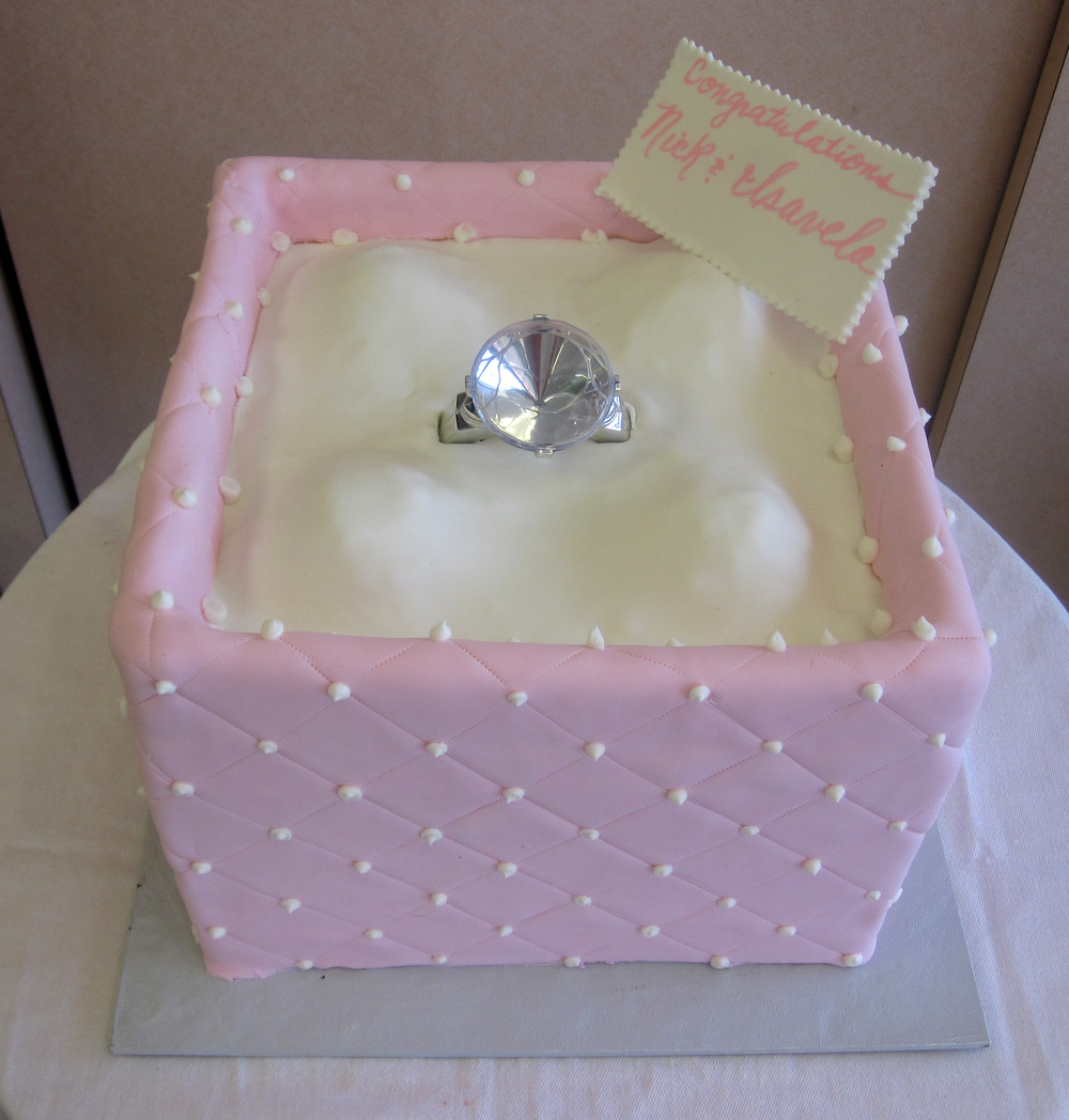Engagement 2 Tier Quilted Ring without Lid