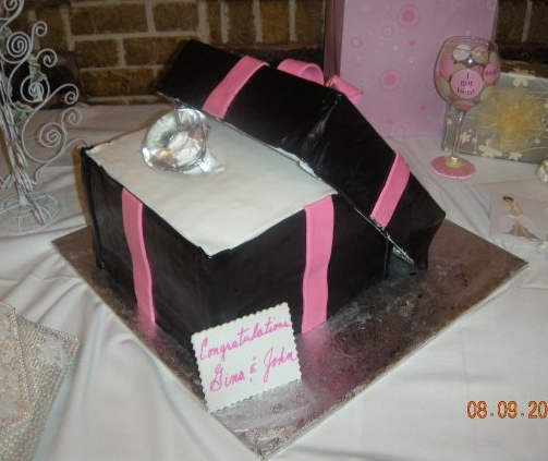 Engagement Ring 2 Tier with Leaning Lid Ribbon Bow