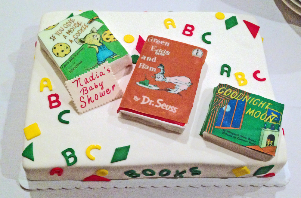PrimaryBookCake. RFout. RF Cutouts. Edible Images.JPG