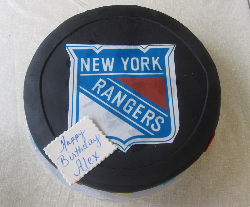 Rolled Fondant Hockey Puck with Logo