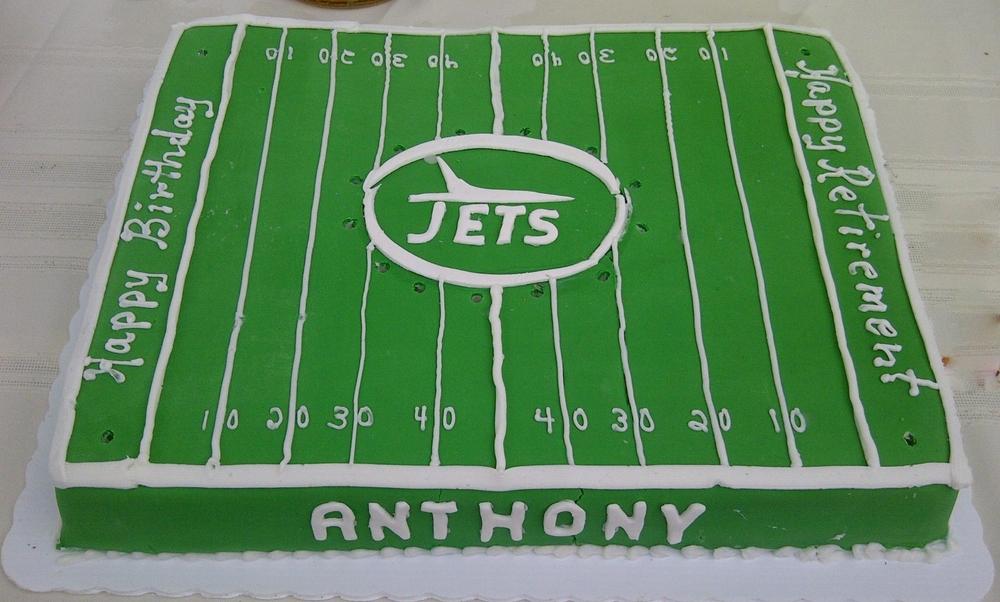 Football.NYJet cake.jpg