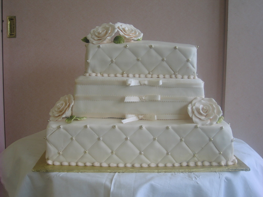 52 in Ivory with Rolled Fondant Roses