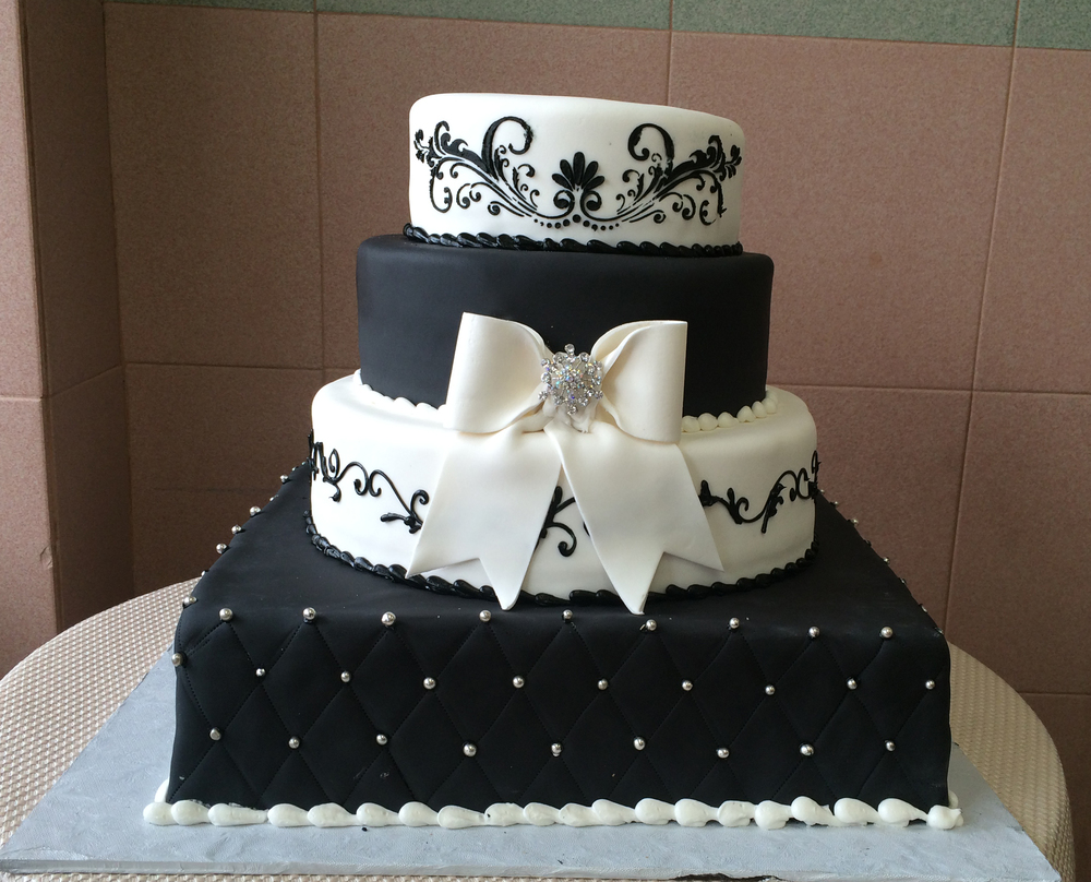 Black & White Rolled Fondant with Quilted Scroll Work, Bow & Stenciling