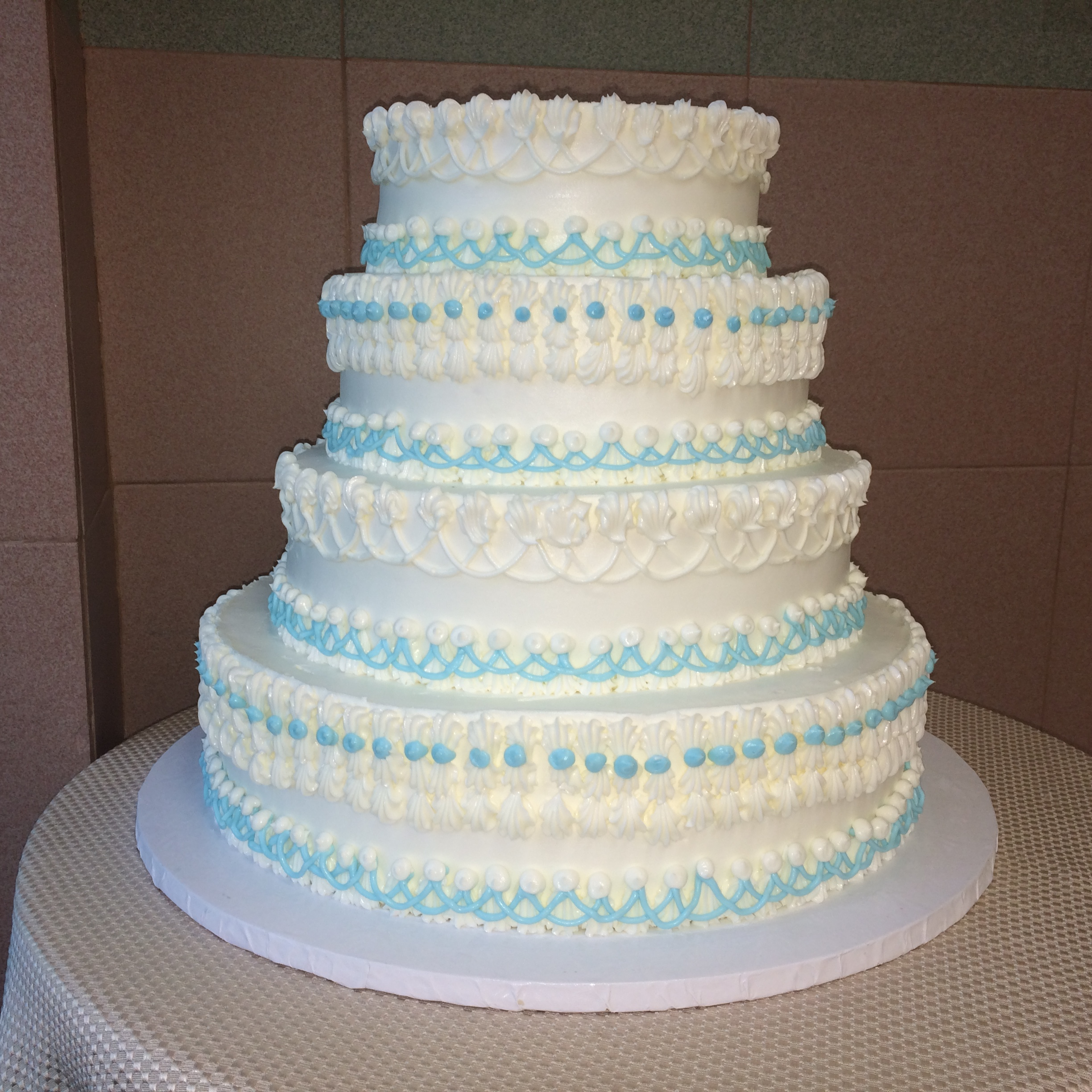 Classic Wedding Cakes — Sal & Dom\'s Pastry Shop