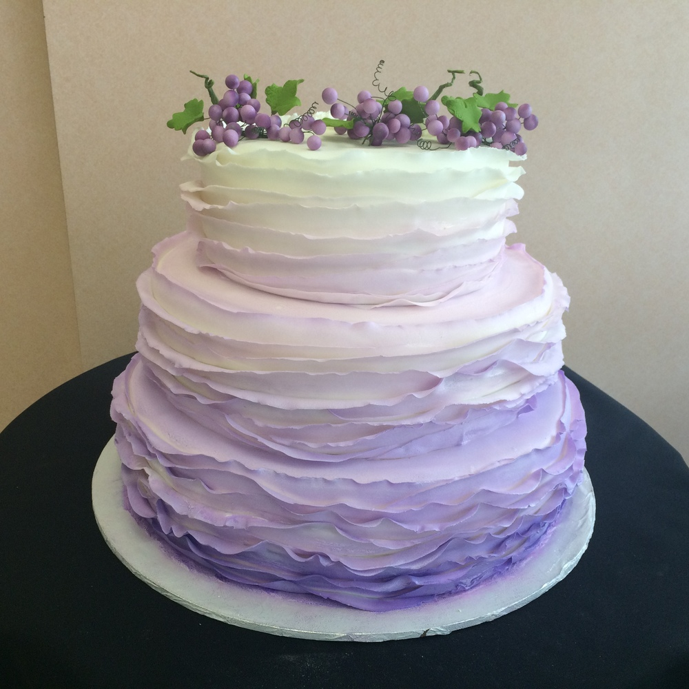 Ribboned Rolled Fondant Airbrushed Ombre purple to white. Fondant Grapes.jpg