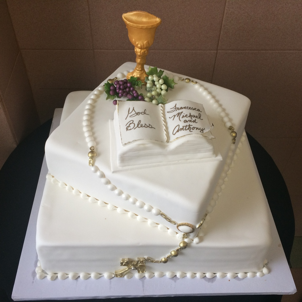 Standing Gold Chalice, Fondant Grapes, Open Bible, & Rosary Beads.jpg