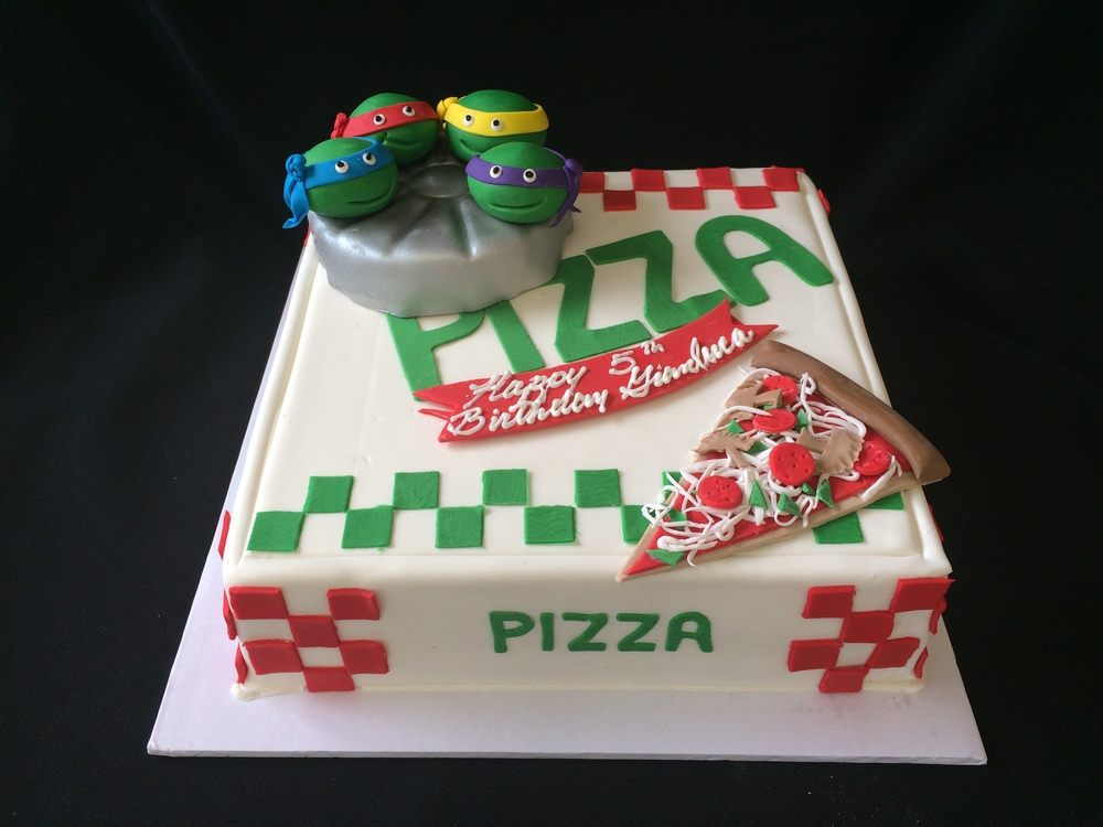 Pizza Box with NinjaTurtles.jpg