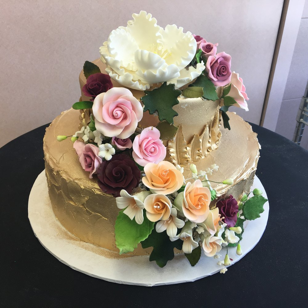 Airbrushed Gold Butter Cream with Assorted Fondant Flowers.jpg