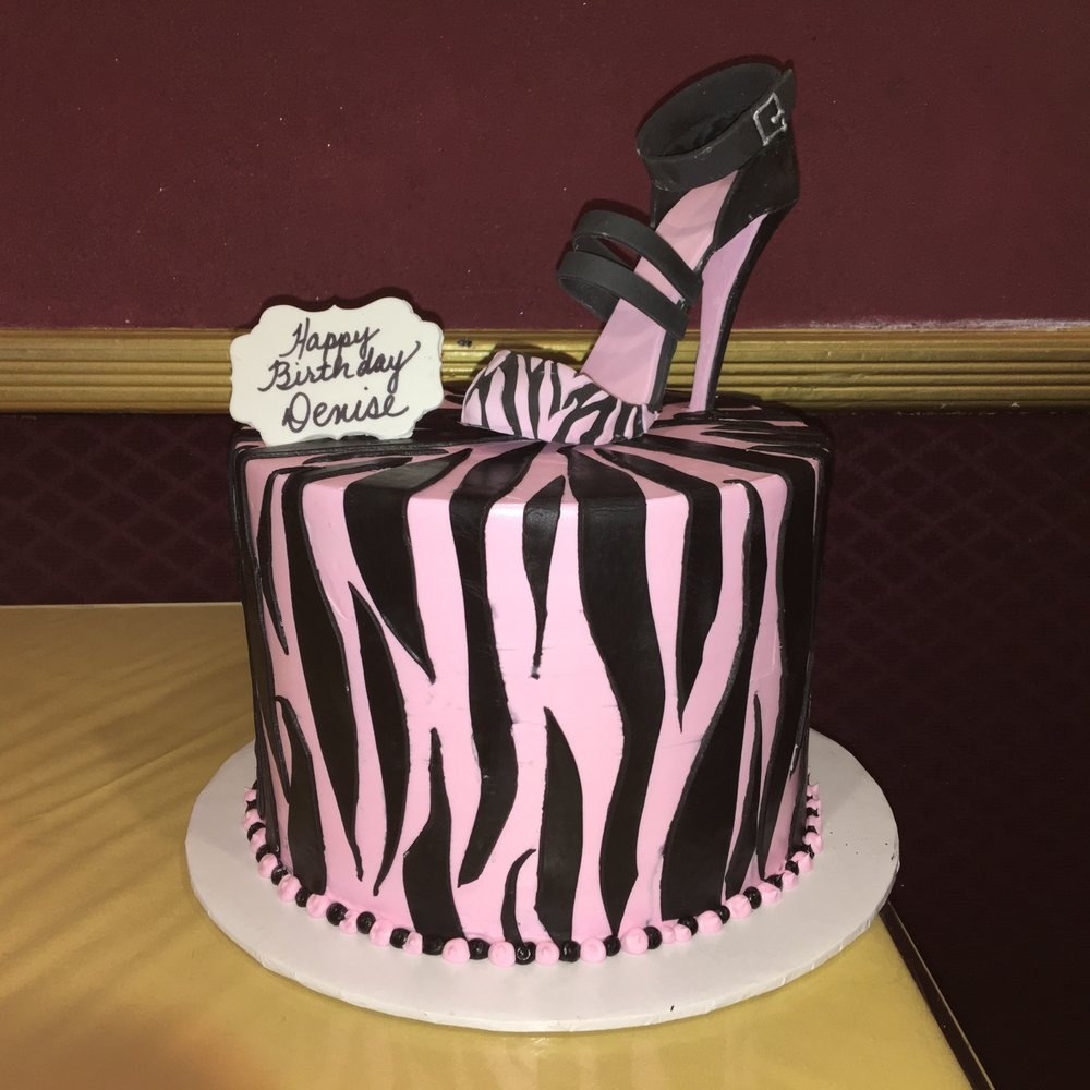 Two Tier Zebra in Butter Cream with Shoe.jpg