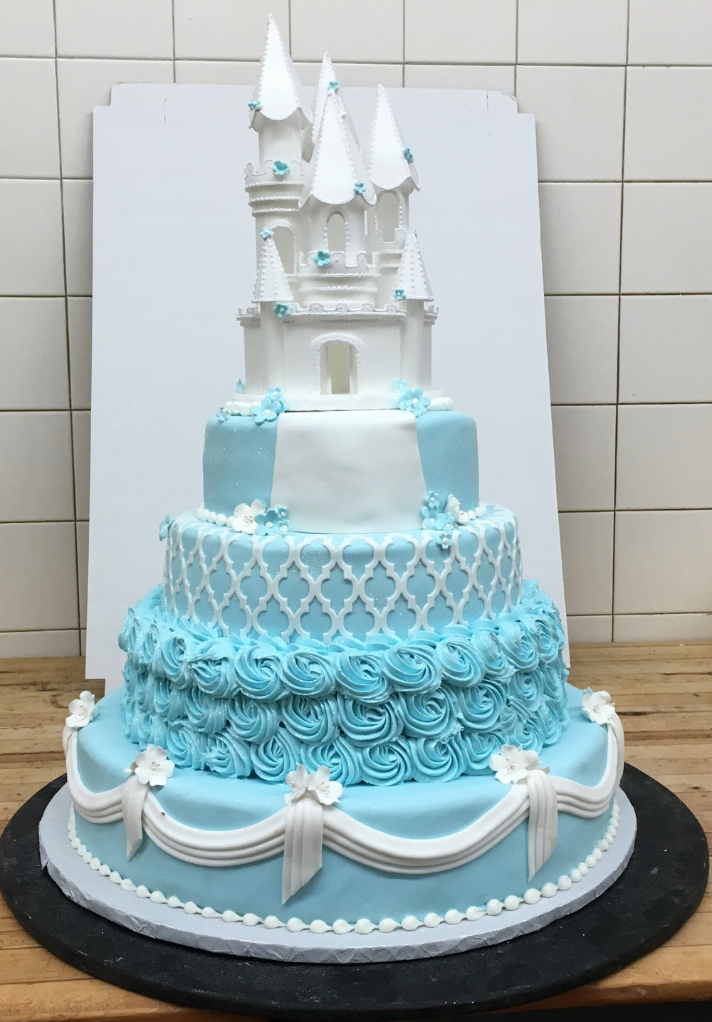 Castle with Rolled Fondant &Rosettes.jpg