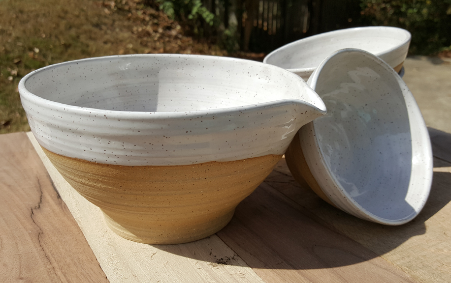 4oz. Pour Bowl and small bowl set