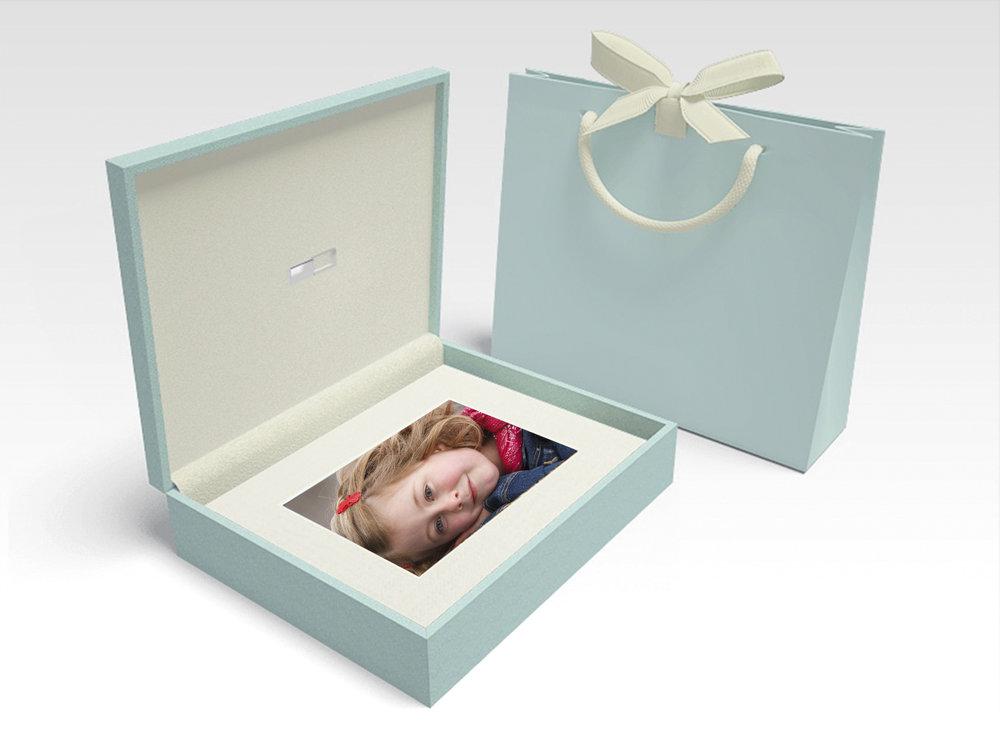 3xm_folio box_my image.jpg