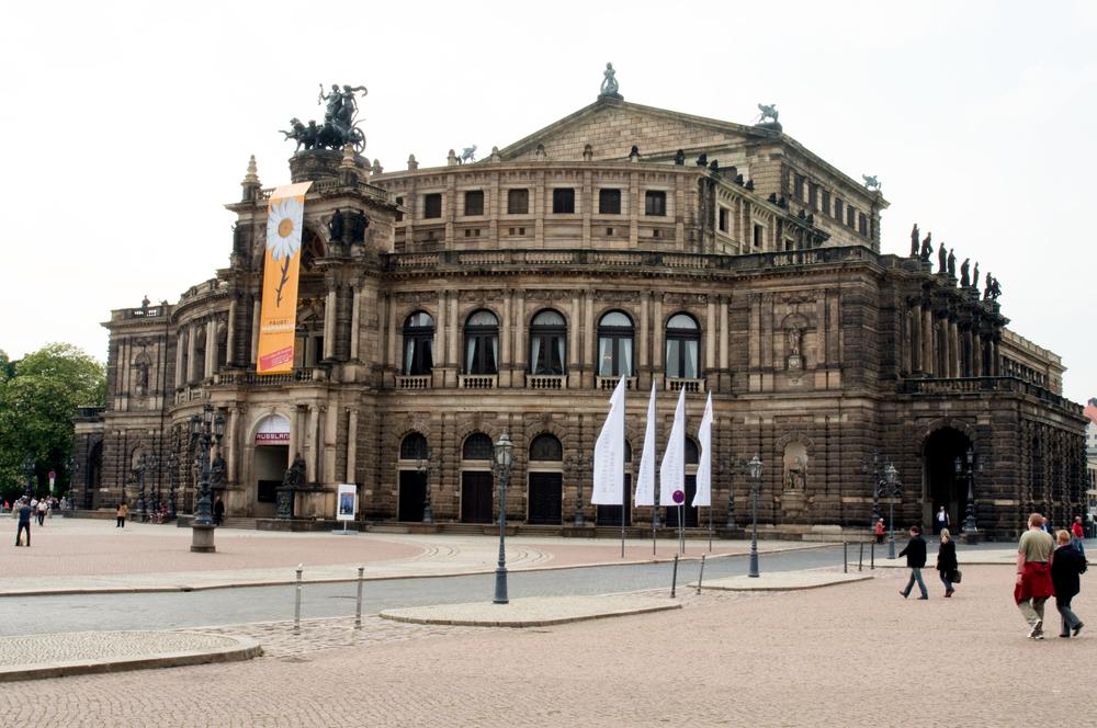 TheVermeerJump_Dresden_5478.jpg