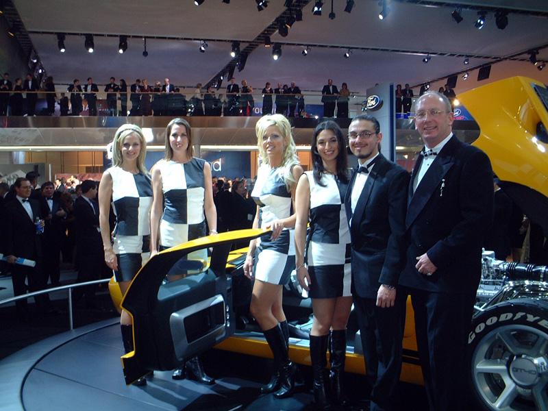 GT40girls.jpg