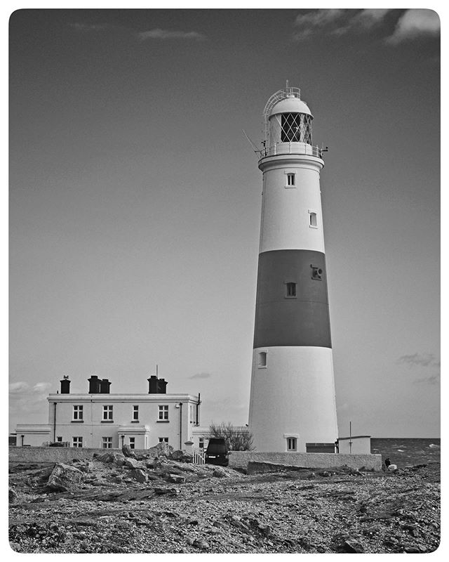 Lighthouse. #monochromephotography #fujilove #monochrome #coast #lighthouse #lighthouses #portlandbill #portlandbilllighthouse #sea #seascape #seascapephotography #blackandwhite #blackandwhitephotography #fujifilm #fujifilmxt2 #coastline #instagram #instagood #landscapephotography #landscape #outdoors