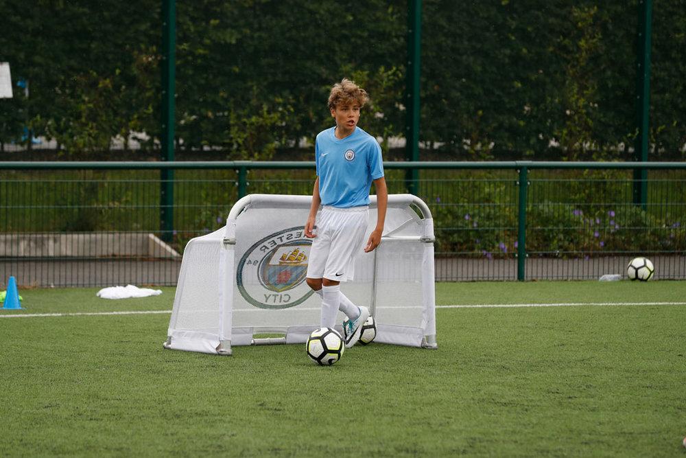 Manchester City Soccer + Language Program -