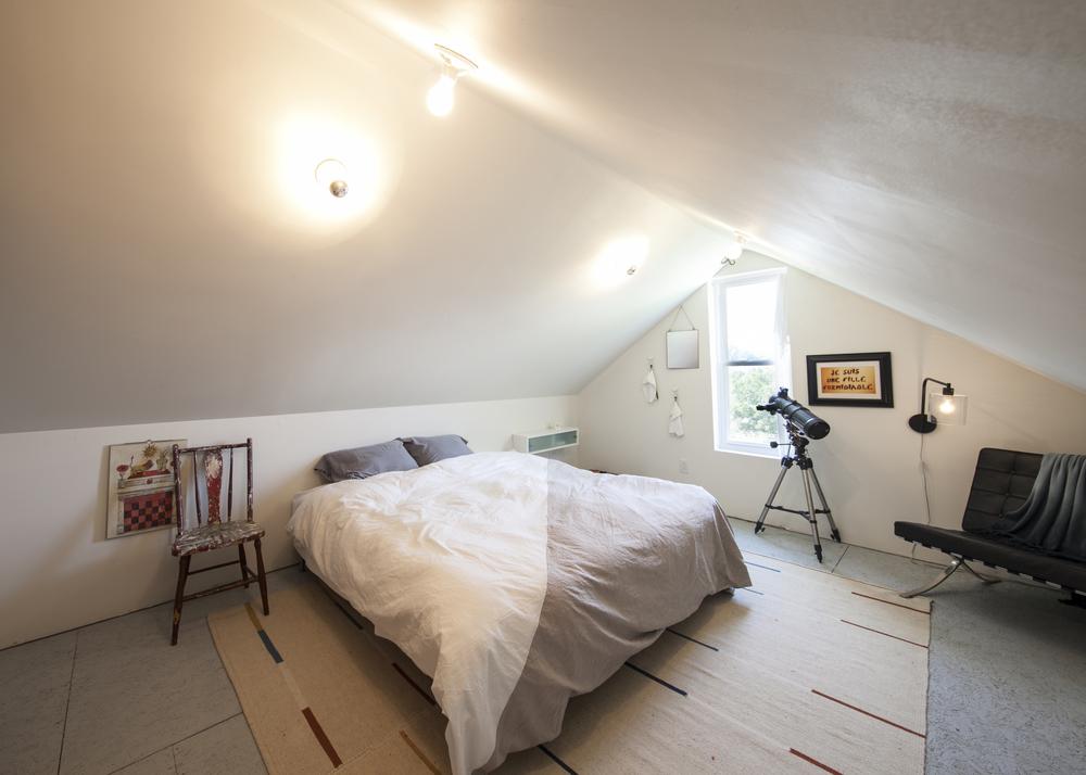 Bedroom A 01.jpg