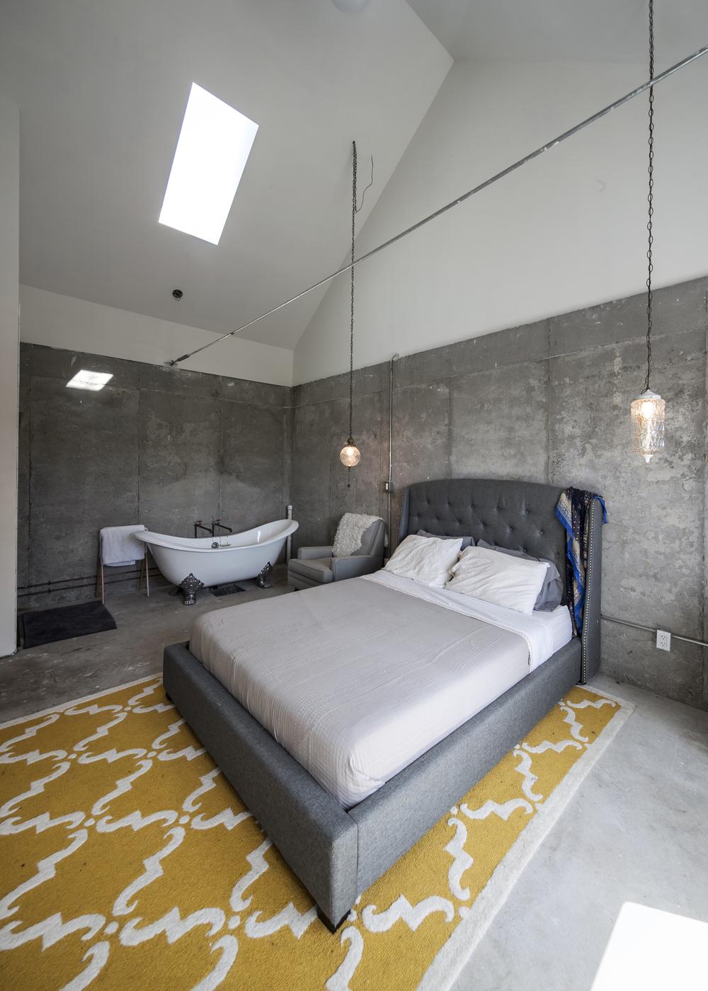 Master Bedroom 02.jpg