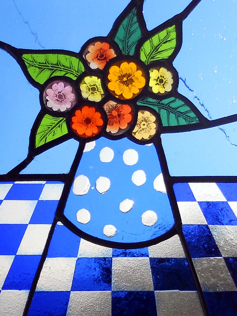 bluevase1.jpg