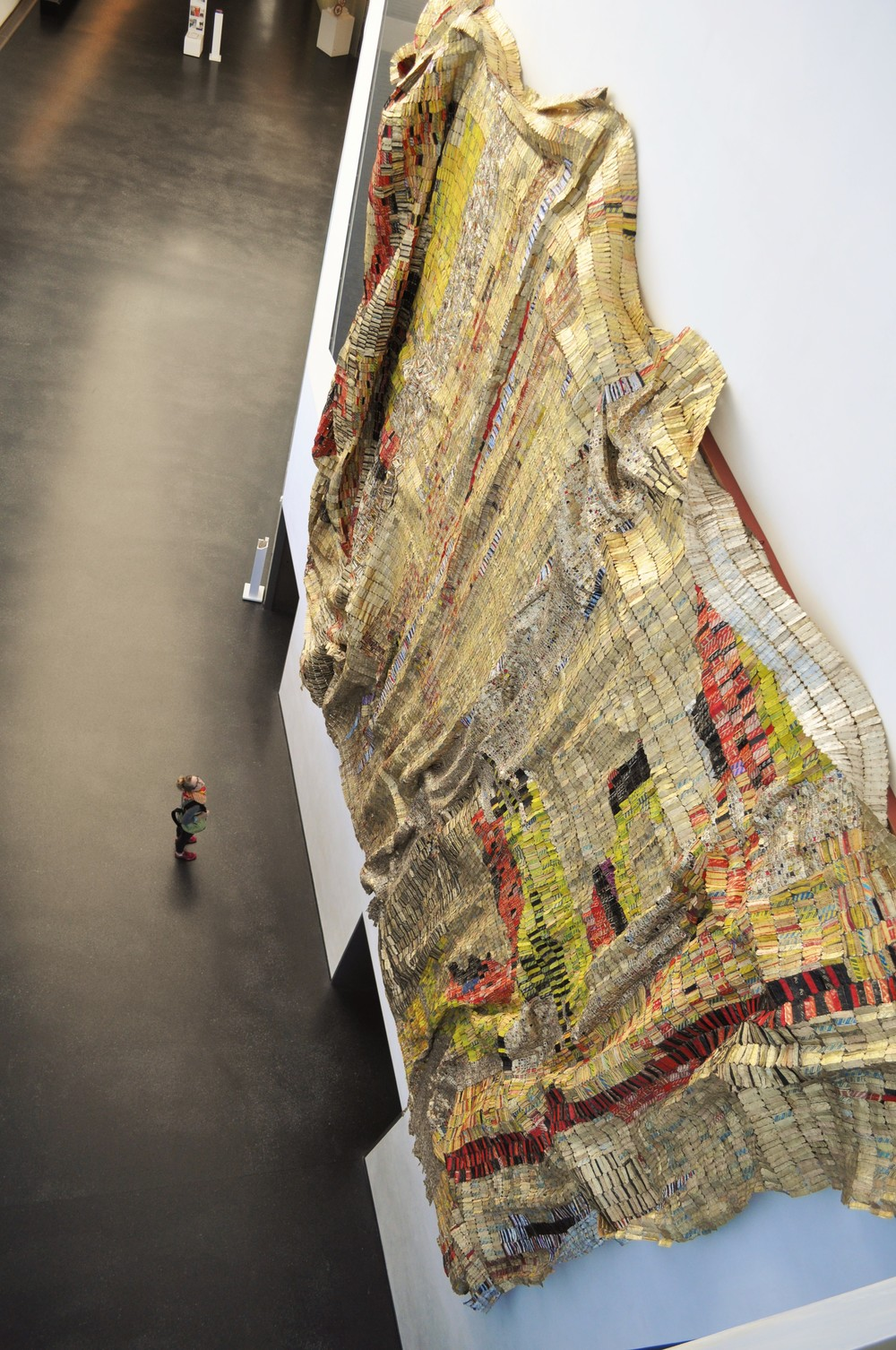Nelson-Atkins Museum of Art El Anatsui's metal textiles