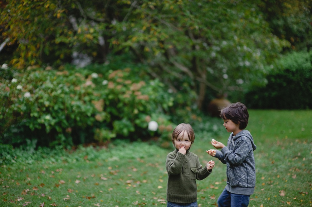 Thoughts on motherhood - A blog series by Rhonda Mason and Trish Chong for LIFE:CAPTURED Inc (The modern school of memory keeping)