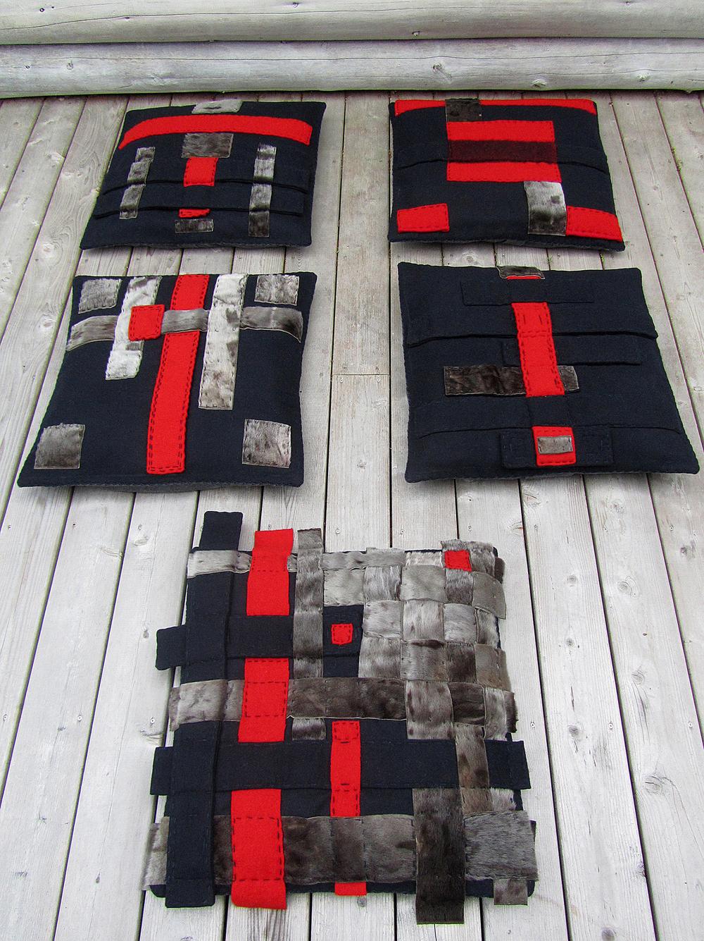Coussins (de gauche à droite /de haut en bas) 1 + 2 + 3 + 4 + 5