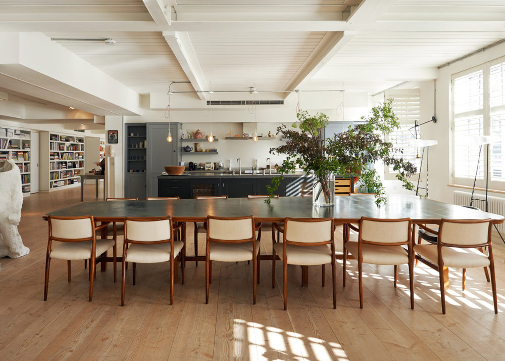 TH_Spaces_Alex-Eagle_kitchen-and-living-room-1050x750.jpg