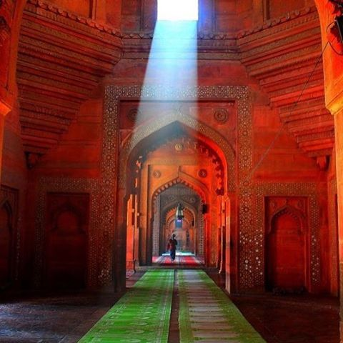 Mughal style #architecture #envelopedincolour #inspirational #tones #icantquitegetthatimagestraight