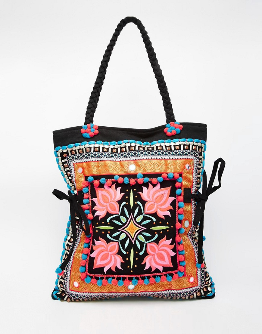 Glamorous Embroidered beach bag