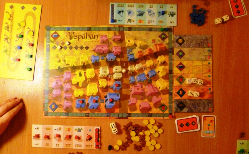 Yspahan board, Camel train on left of picture to the right is the dice ladder with 5's and 3's yet to be picked