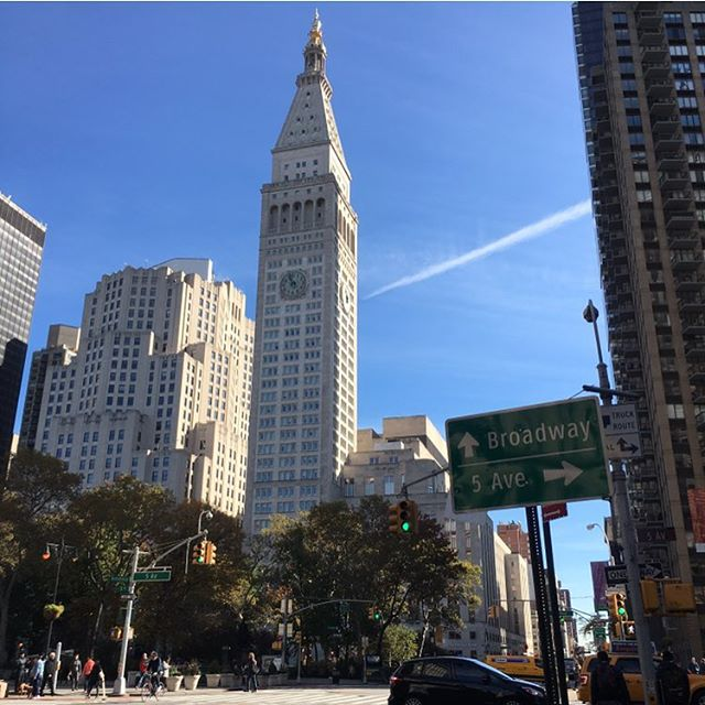 Blue skies today! Woot woot 🚦🚖 #newyorkcity