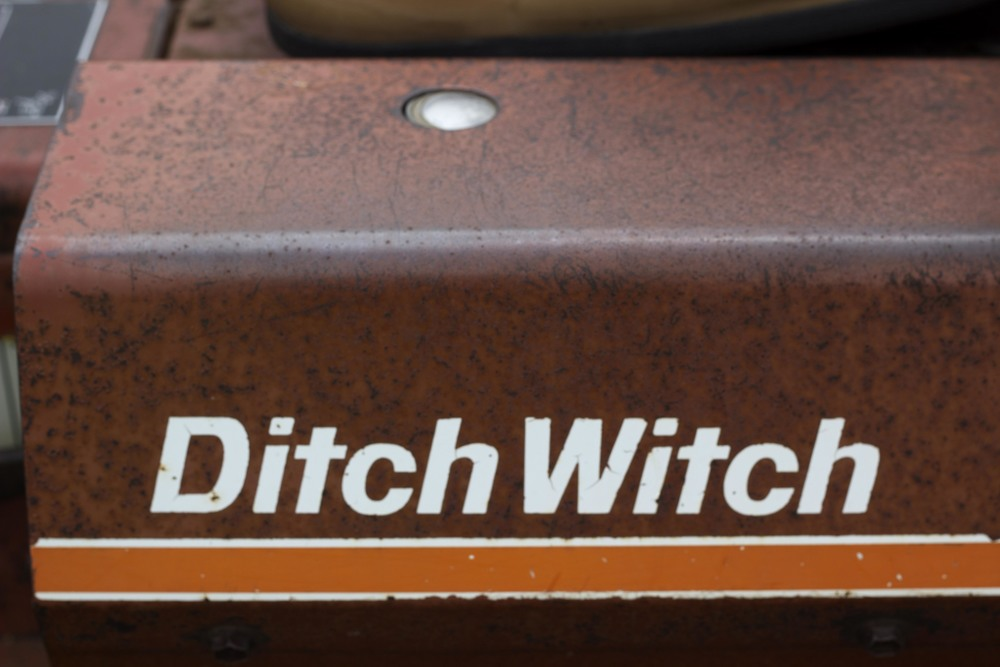 ditchwitch.jpg