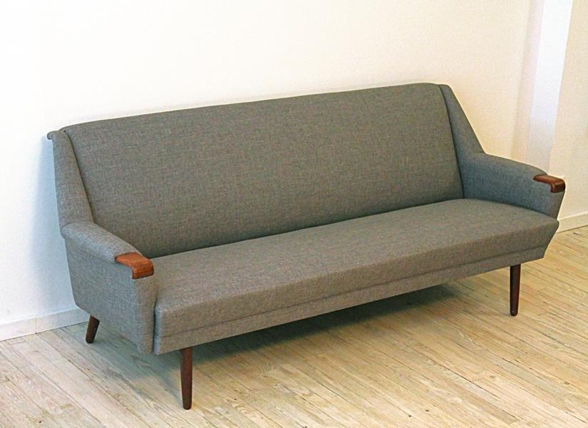 CM sofa 2 s.jpg