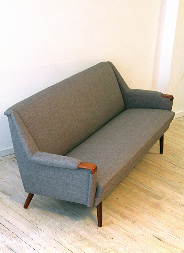 CM sofa 1 s.jpg