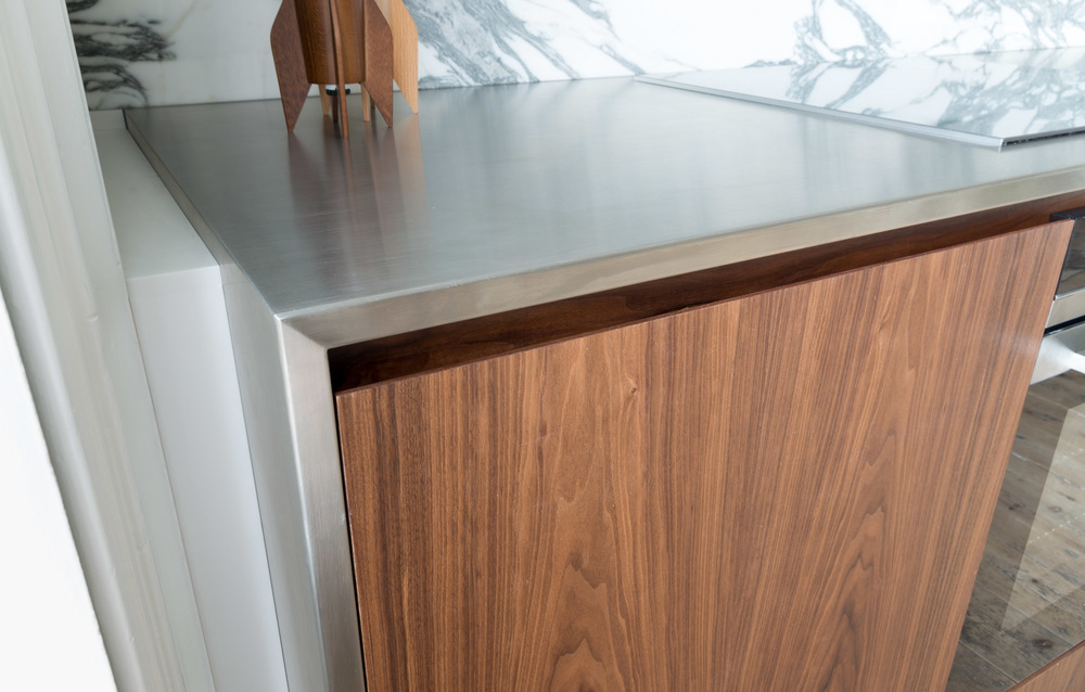 Cheltenham bespoke kitchen walnut and stainless steel powell picano