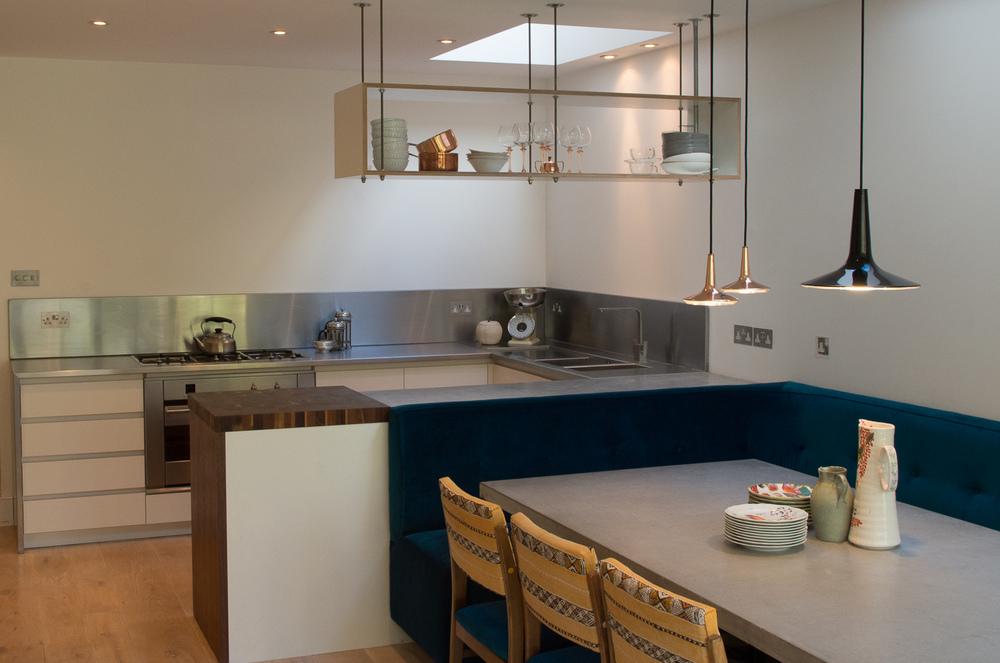 London custom design social kitchen