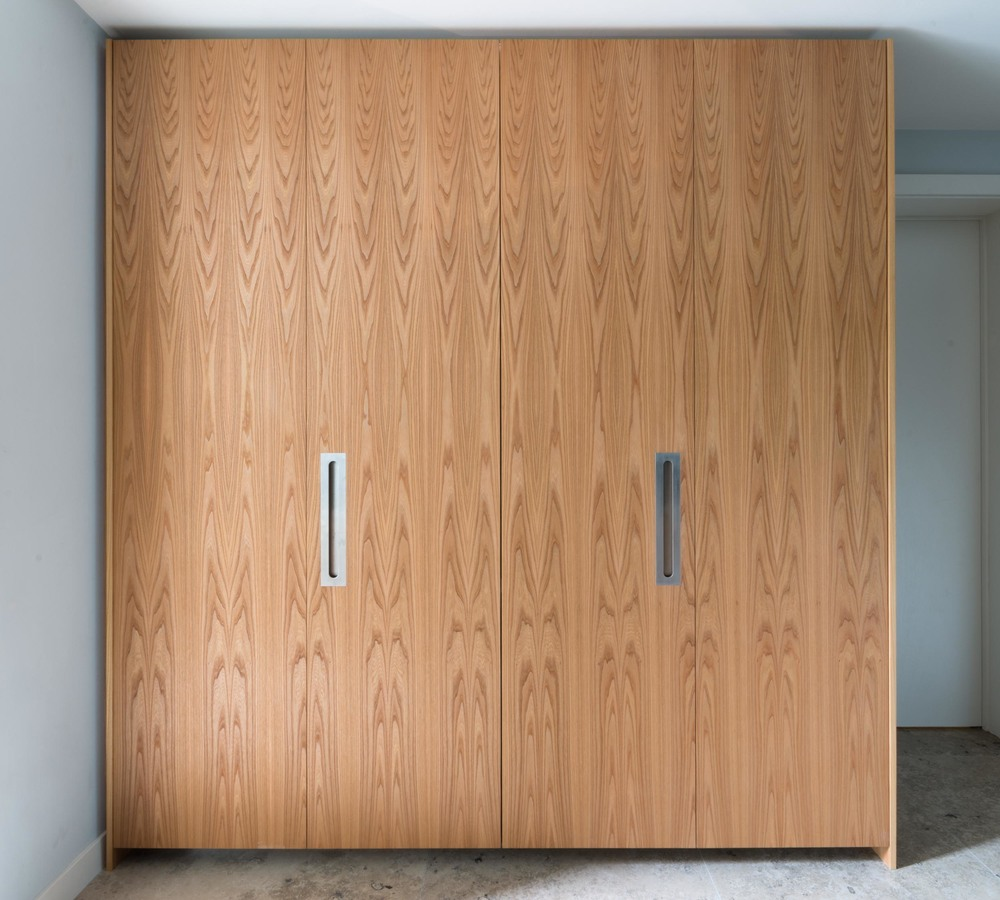 Powell Picano London - Clifton gardens bespoke kitchen custom veneered doors