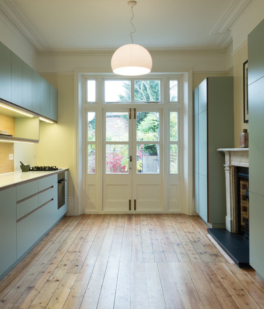 Crouch end kitchen wide view