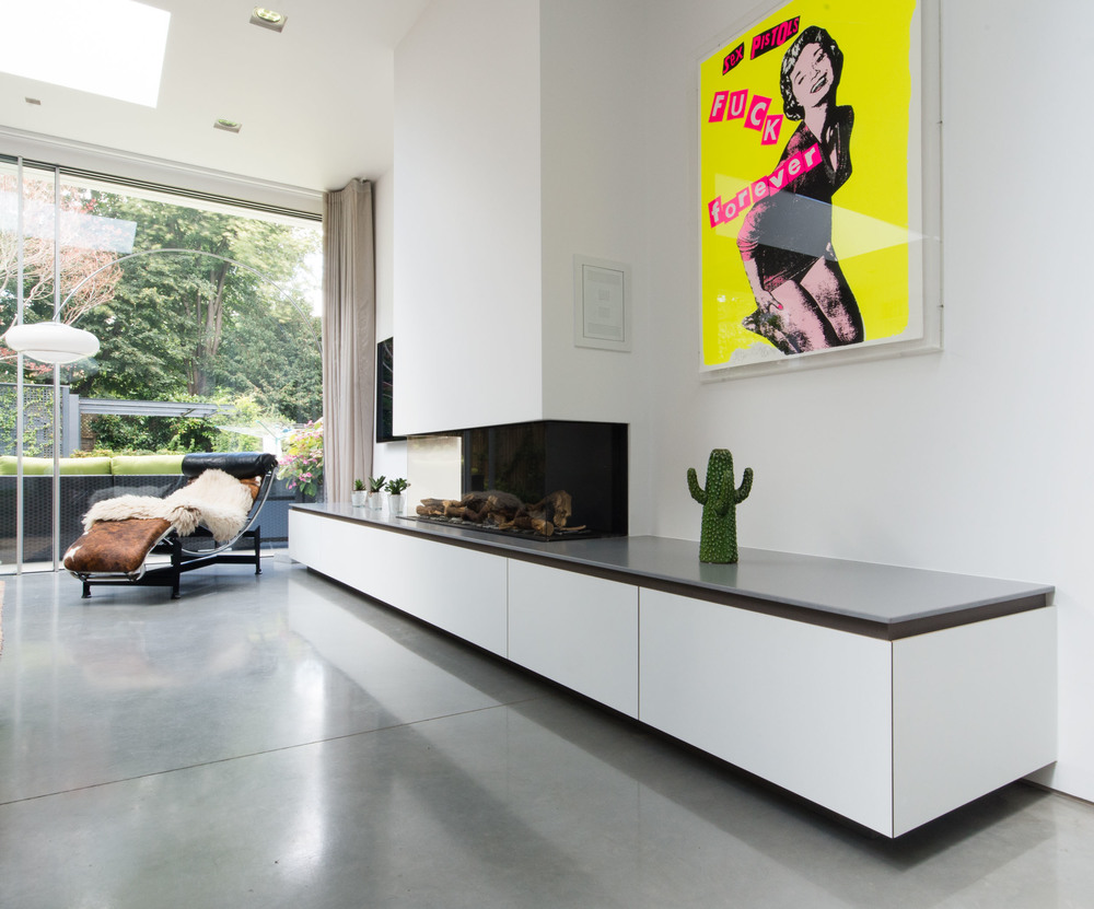 Bespoke fitted cabinetry - Fireplace sideboard valchromat and lapitec