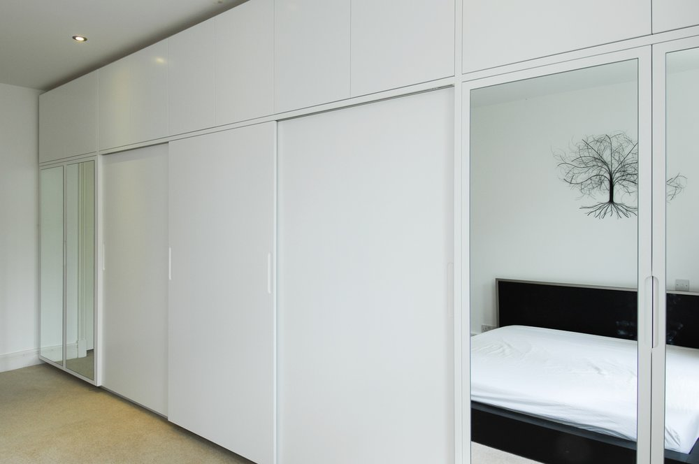 south kensington London bespoke fitted wardrobes with mirrorred doors