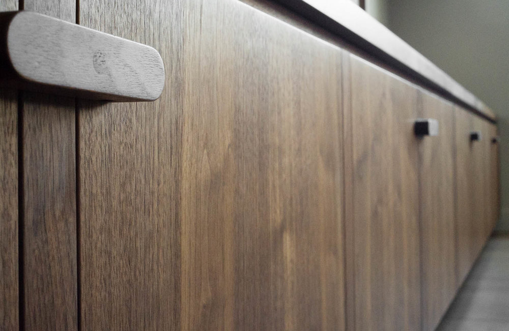 clifton gardens bespoke fitted cabinets grain matched veneer