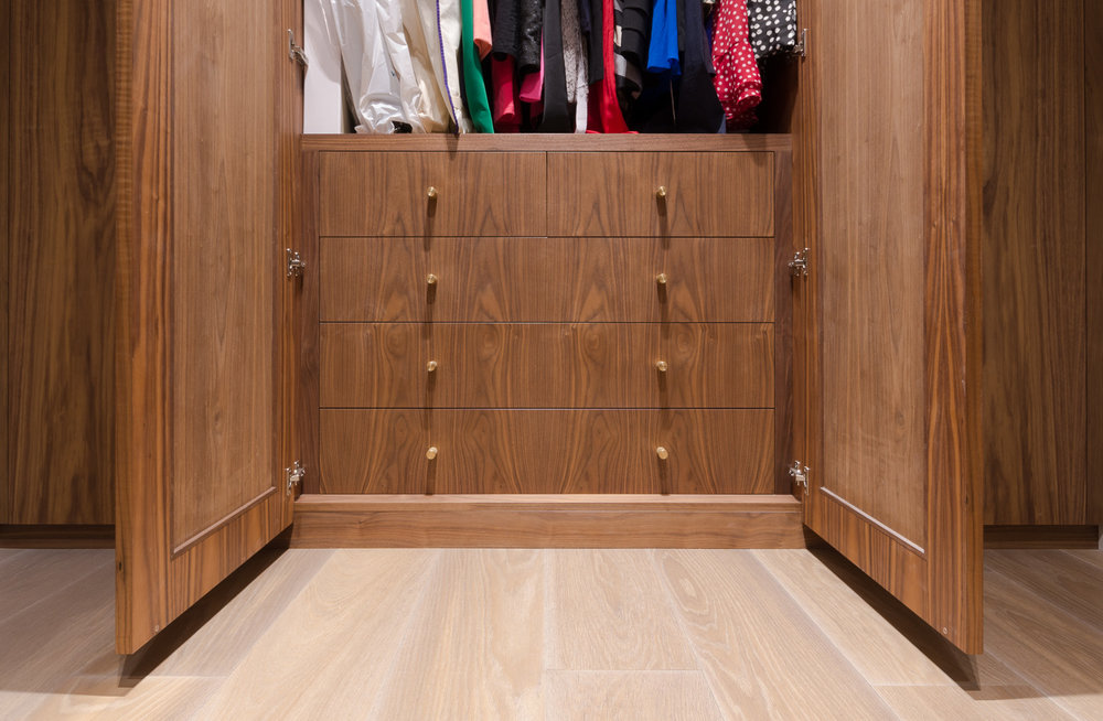Bespoke walk in wardrobe - Warwick avenue dressing room brass pulls