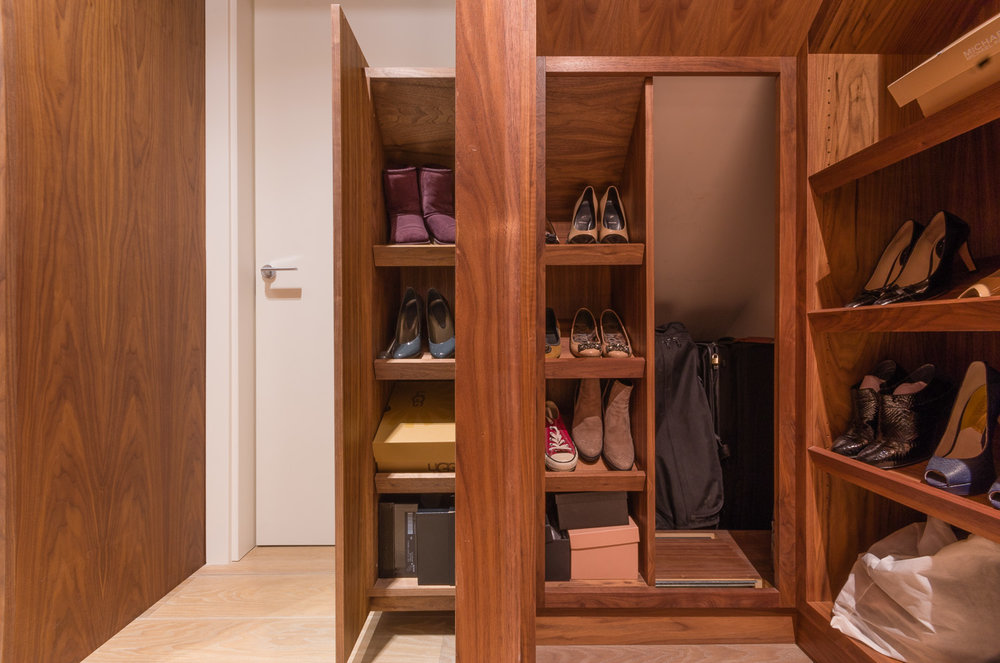 Bespoke walk in wardrobe - Warwick avenue dressing room secret compartment