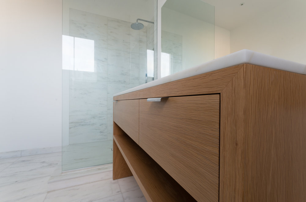 Side view of the bespoke bathroom unit