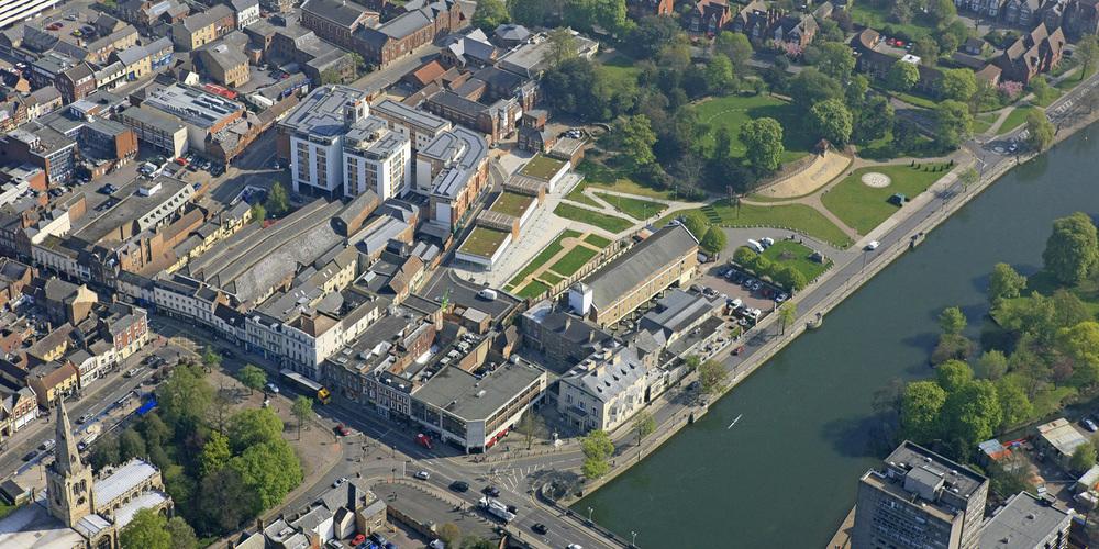 Castle Quay, Bedford